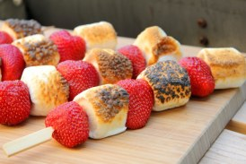 Grillezett Eper – Marshmallow nyárs
