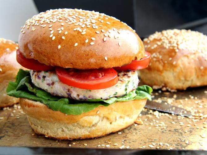 pulya-hus-ham-burger-recept-light-konnyu3