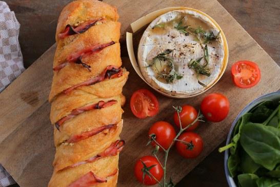 Dobozban sült Camembert – Fokhagymás kenyérrel