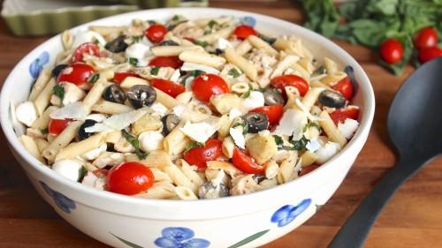 inyenc-olasz-teszta-salata