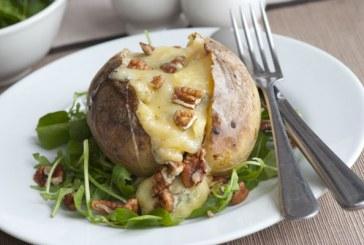 Sajttal töltött egybesült krumpli – Ennél egyszerűbb recept talán nincs is