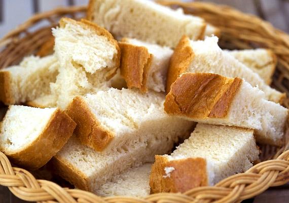 sok-so-van-benne-keveset-adj-a-gyereknek-feher-kenyer-vizes-zsemle
