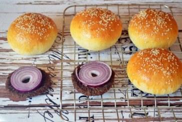 Bögrés hamburger zsemle dagasztás nélkül