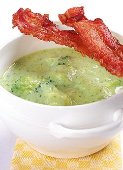 brokkoli-fozelek-szalonna-bacon-chips