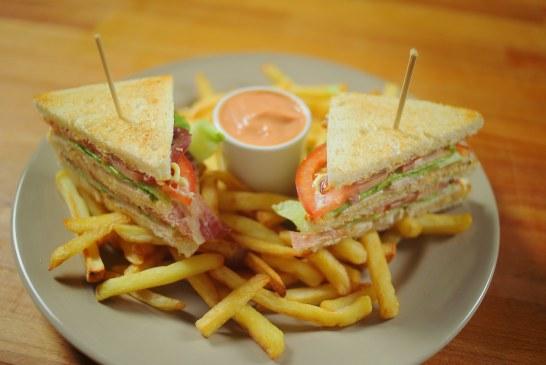Klasszikus Club szendvics, recept