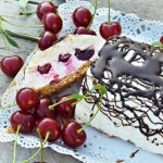 Meggyes Túró Rudi szelet – Sütés nélkül, recept