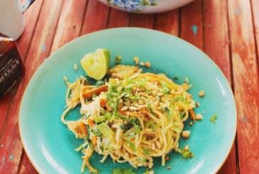 Kamu ázsiai tészta – Mogyorós tészta grillcsirkével
