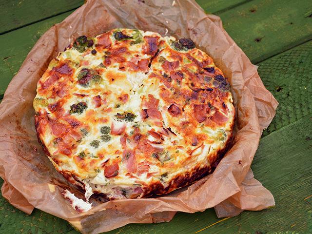 brokkoli-sajtos-lepeny
