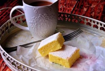 Pillekönnyű kavart grízes Túrós sütemény , recept