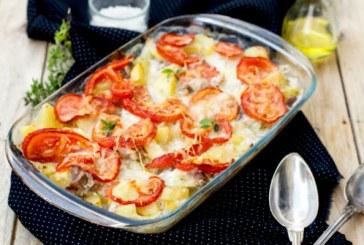 Tepsis paradicsomos csirkemell krumpliágyon
