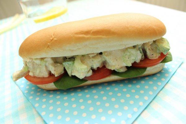 maradek sult hus-avokados szendvics