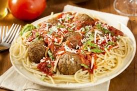 Ínycsiklandó olasz  – húsgombócos spagetti