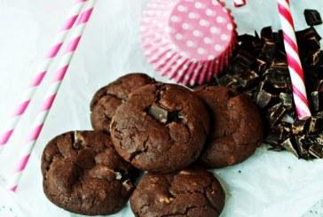 Puha csupacsoki keksz – hét perc alatt megsül… , recept