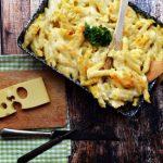 Tepsis,sajtos Bögrés makaróni – gyorsan finomat – recept