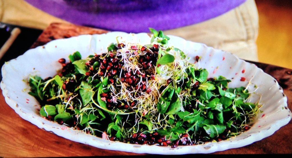 gránátalmás zöldsaláta