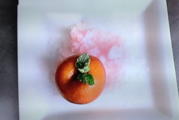 Raymond Blanc posírozott őszibarack jégkásával , recept