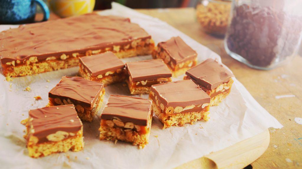 snickers süti