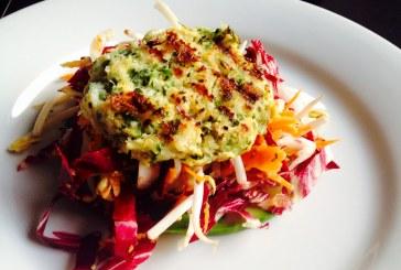 Friss Zöldkorianderes Tőkehalpogácsa, keleti salátával – recept