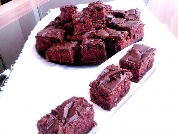 brutálisan csokis süti
