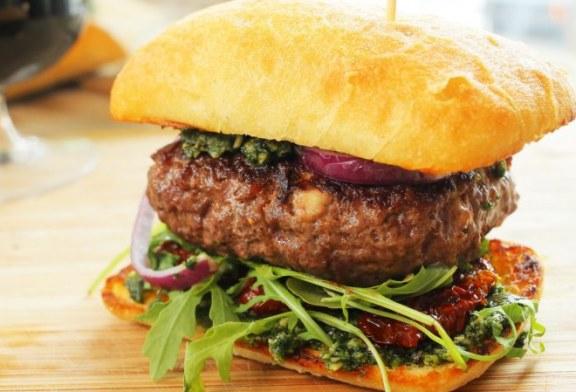 Mozzarellával töltött olasz burger,recept