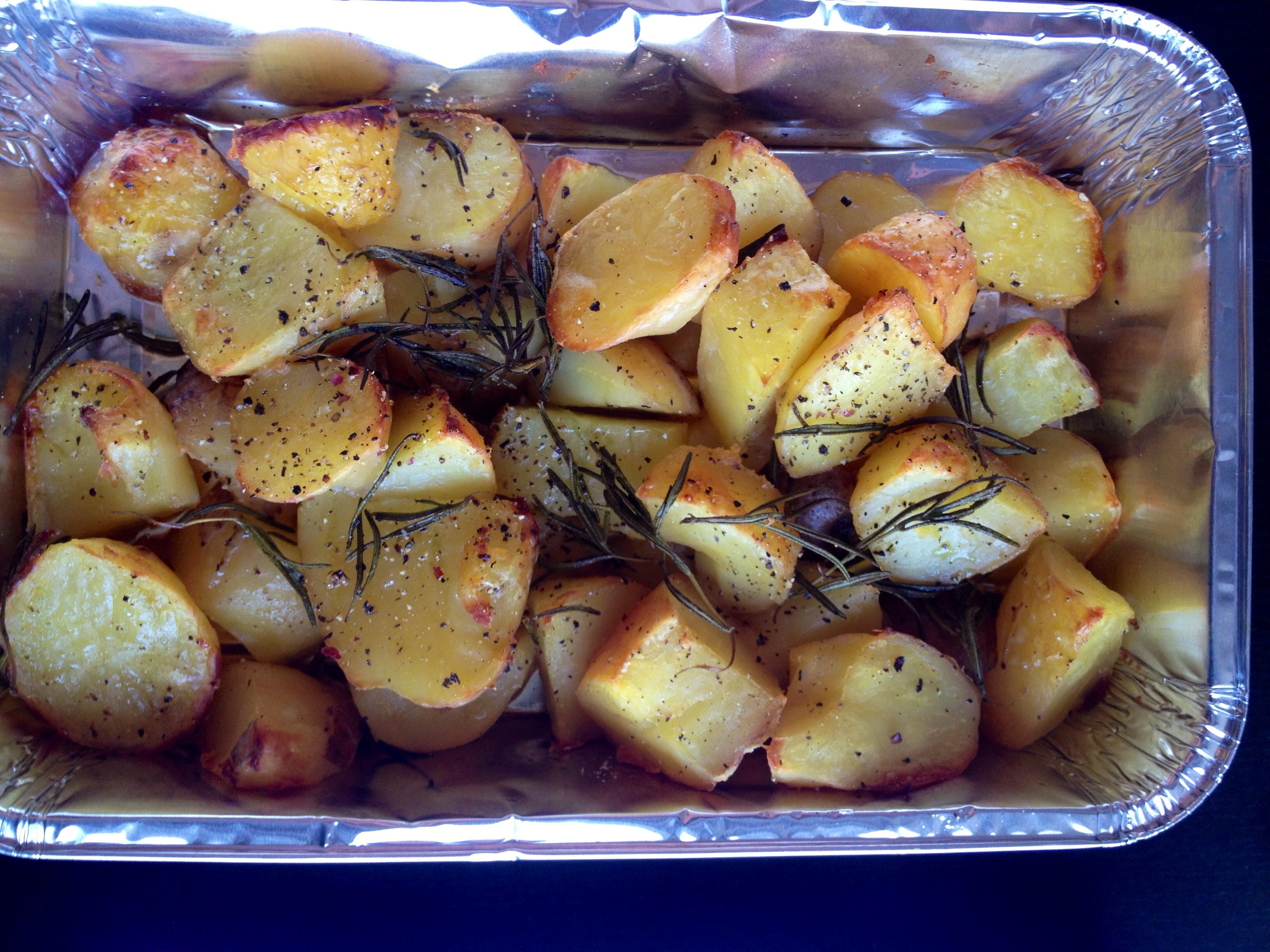 Ropogós sült krumpli rozmaringgal