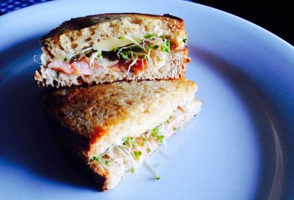 Könnyű Lazacos szendvics reggelire, recept