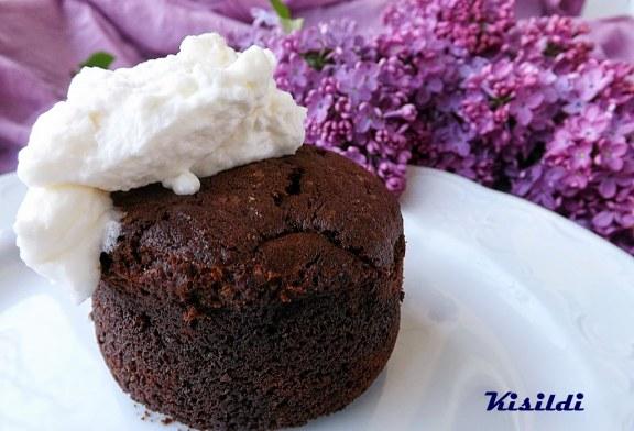 Nigella Lawson csokoládés gesztenyetortája, recept