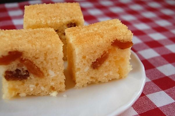 Egyszerű Olajos-túrós süti