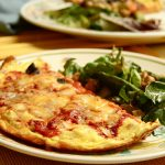 Itt a tökéletes reggeli: Hamis pizza fogyókúrázóknak, recept