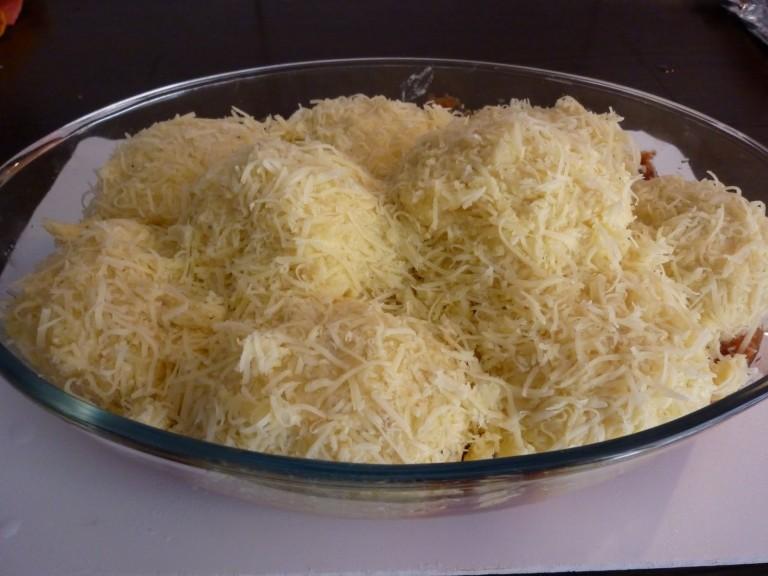 Filléres sajtos burgonyalabda a sütőből
