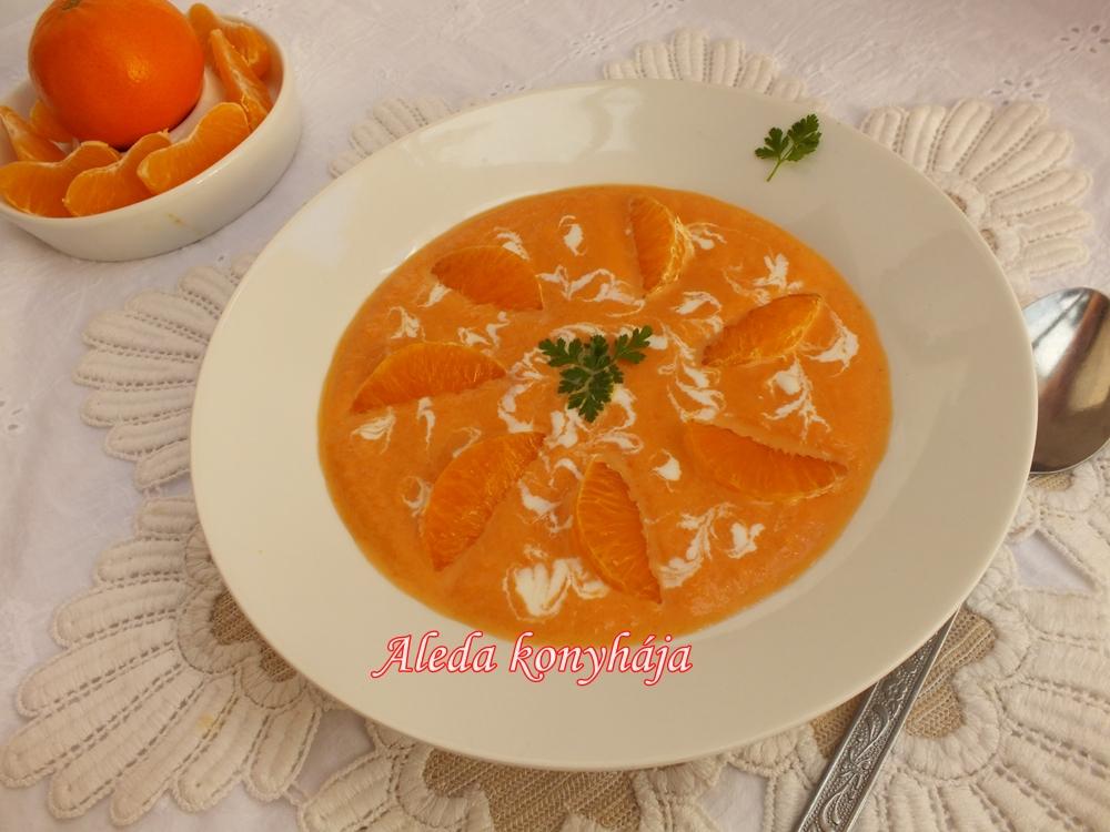Narancsos sárgarépa leves