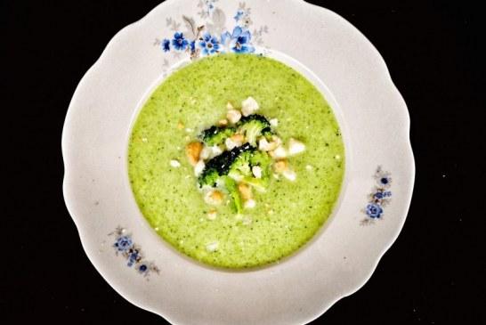 Kecskesajtos brokkolikrémleves, recept