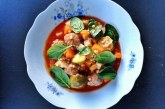 Paradicsomos zöldségleves, húsgolyókkal, recept