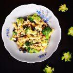 Szardellás-brokkolis fusilli, recept