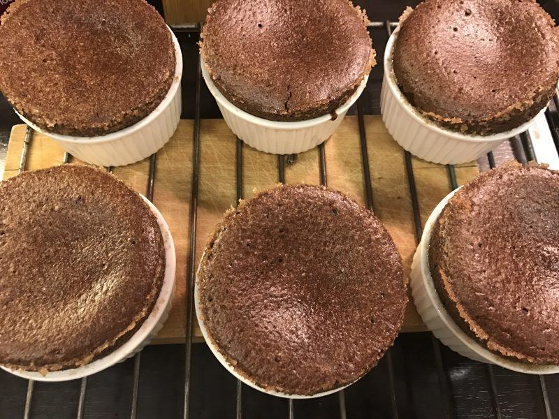 Könnyen elkészíted: ( a rettegett ) Csokoládészuflé