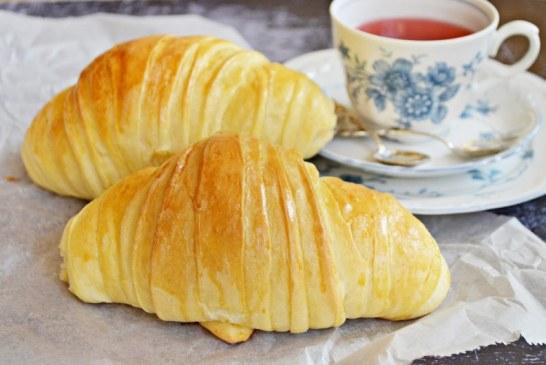 Gigantikus croissant (bögrésen is), recept
