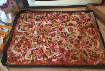 Magyaros házi Pizza, recept