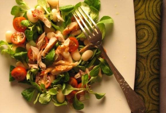 Üde – füstölt makréla saláta, recept