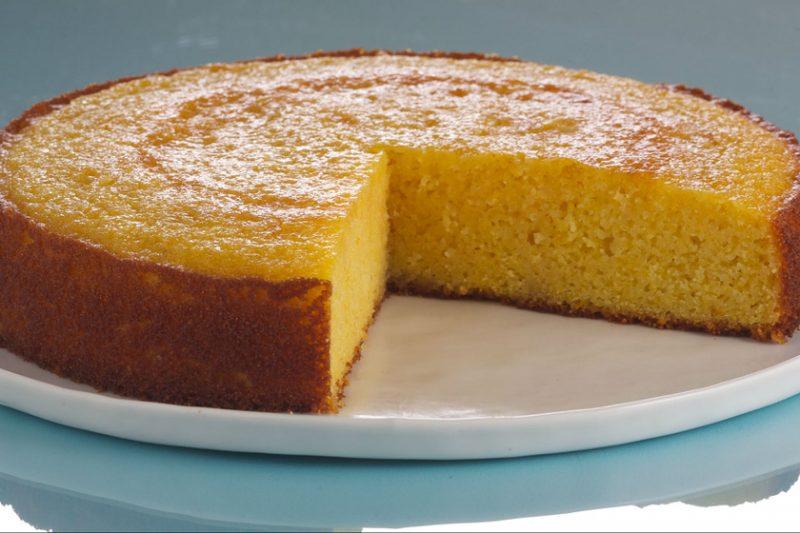 Lisztmentes piskóta torta narancsos sziruppal