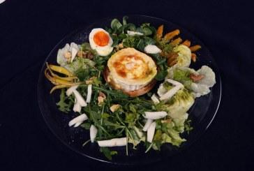 Grill Kecskesajt saláta - Mézes Vinegrettel