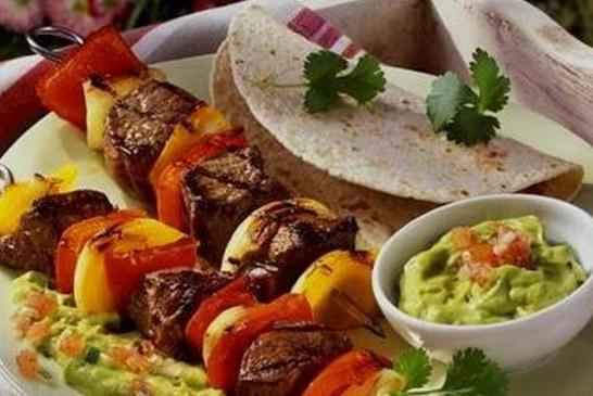 Ízletes Marhahátszín grill nyárs, Avokádó mártogatóssal