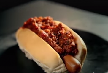 Gordon Ramsay - Szupergyors Chili Hot Dog - videó