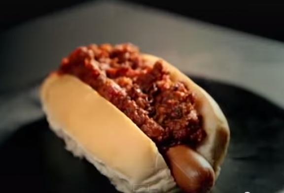 Gordon Ramsay – Szupergyors Chili Hot Dog – videó