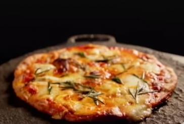 Gordon Ramsay – Házi Rozmaringos Margherita Pizza – videó