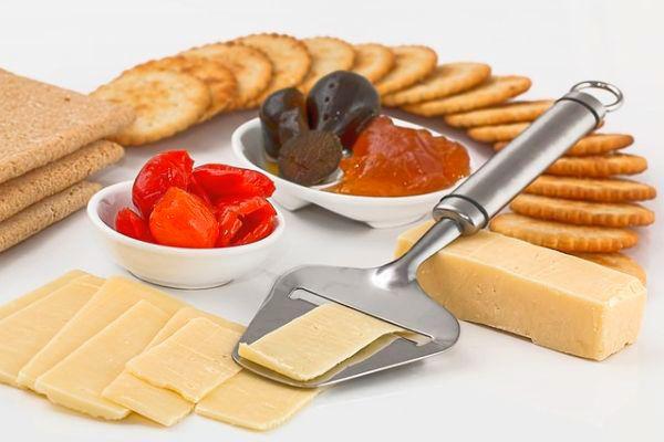 hazi-sajt-trappista-magyar-pikanteria