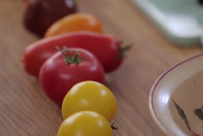 jamie-oliver-paradicsom-salata-ultimate