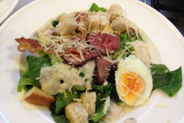 Az  ! Eredeti ! Cézár saláta – Angus Steak csíkokkal