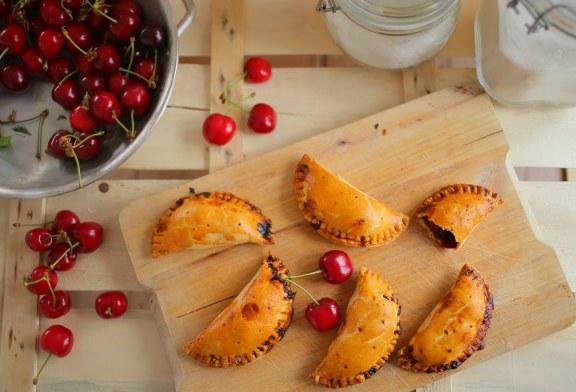 Egykezes cseresznyés pite, recept