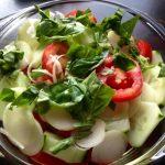 Tökmag olajos – Bazsalikomos friss saláta
