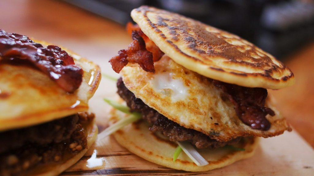 hamburger-reggeli